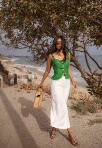 THE BEACH - Walk In Wonderland